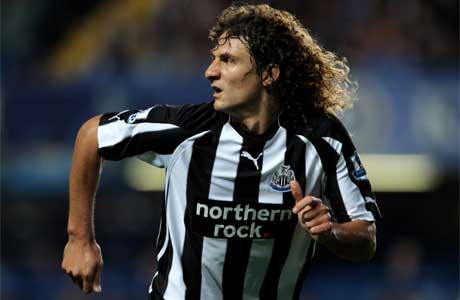 Newcastle want Coloccini to stay