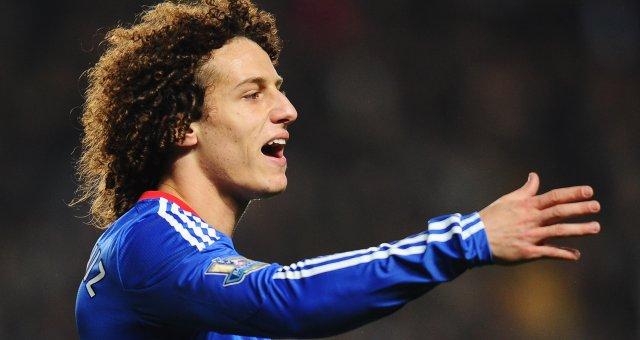 Barcelona chase David Luiz