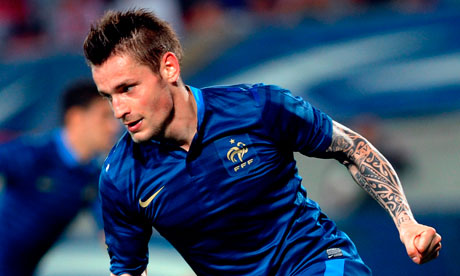 Newcastle complete Debuchy signing