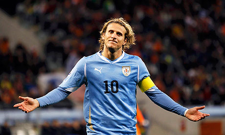World Cup qualifiers. Chile vs Uruguay: Forlan dropped from the first XI