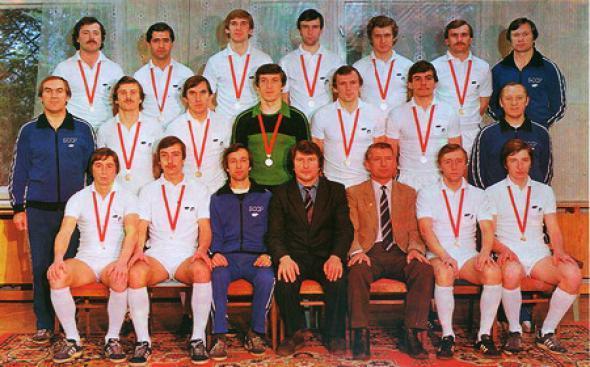 «Динамо-82» оказалось сильнее «Зенита-84»