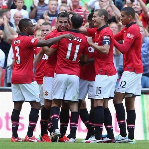 Суперкубок Англии. «Манчестер Юнайтед» выиграл у «Уигана» и завоевал первый трофей под руководством Мойеса