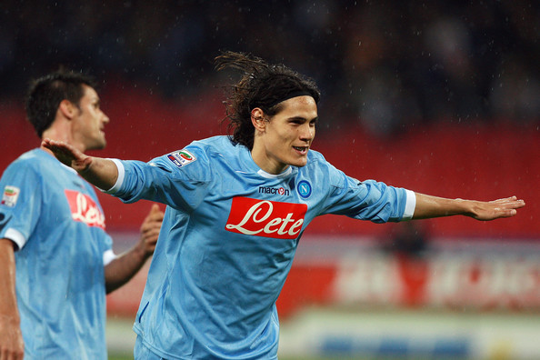 Chelsea set to hold negotiations with Napoli over Cavani transfer within 24 hours