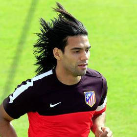 Chelsea to offer Falcao £10m a year