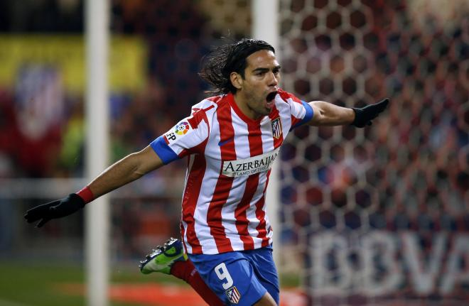 Falcao prefers PSG over Chelsea