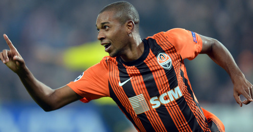 Man City completed the signing of Fernandinho, on the brink of landing Navas