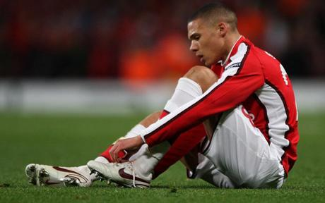 Arsenal Gibbs out for three weeks