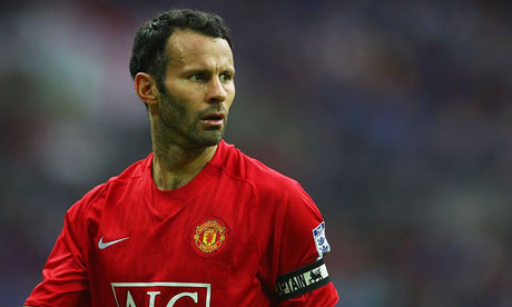 Giggs signs one-year deal, set to be offered a role at Man Utd