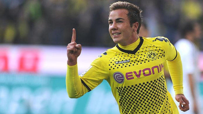 Bayern Munich confirmed signing Goetze for £32 m