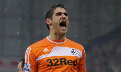 Sunderland edge closer to signing Swansea Graham