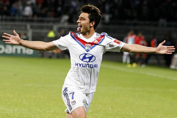 Arsenal target Grenier expects signing new contract with Lyon