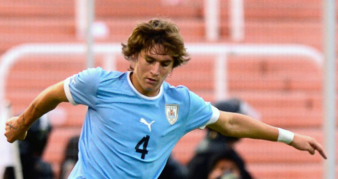 Man Utd land Atletico Penarol's Varela