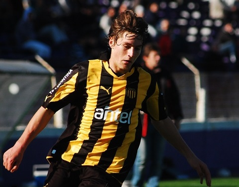Man Utd target Uruguayan starlet Varela