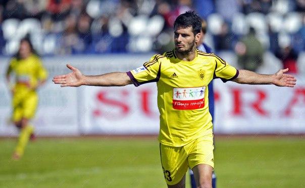 Спахич стал игроком «Байера»