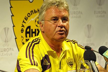 «Спорт-Экспресс»: Хиддинк готов продлить контракт с «Анжи»
