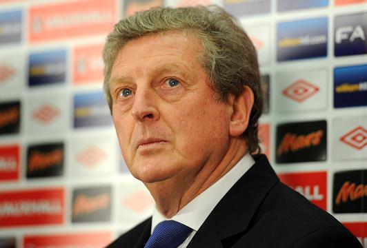 Hodgson praises England team spirit