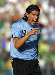 Уругвайский форвард был дисквалифицирован за проявление симпатии к своему бывшему клубу