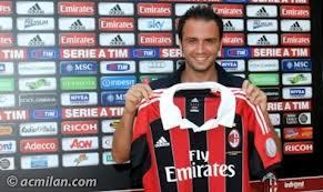 «Милан» на выезде обыграл «Болонью»