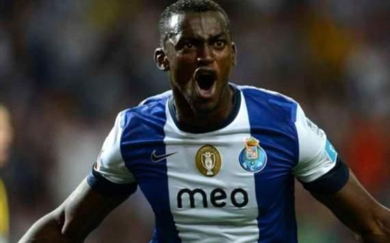 Man Utd chase Porto Martinez