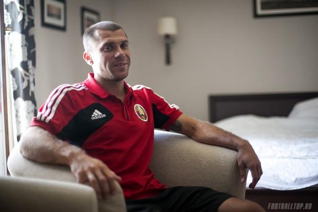 Калачев признан лучшим футболистом Беларуси в 2013 году
