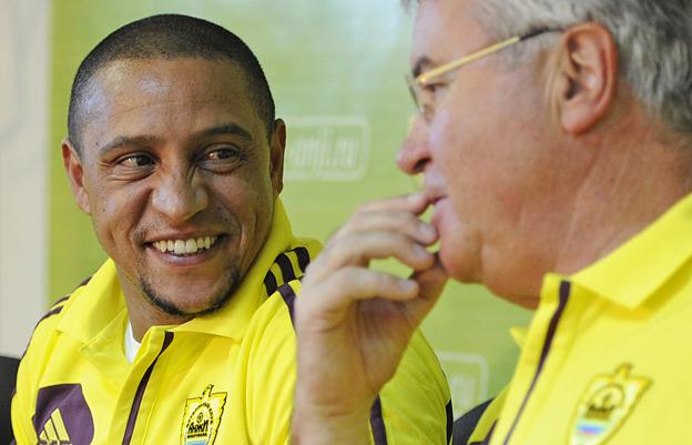 Гус Хиддинк: «Роберто Карлос начинает новый этап своей карьеры»