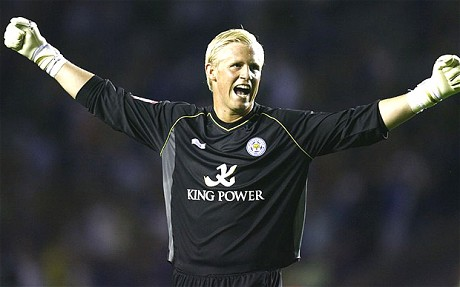 Hull and Swansea to bid for Leicester Schmeichel