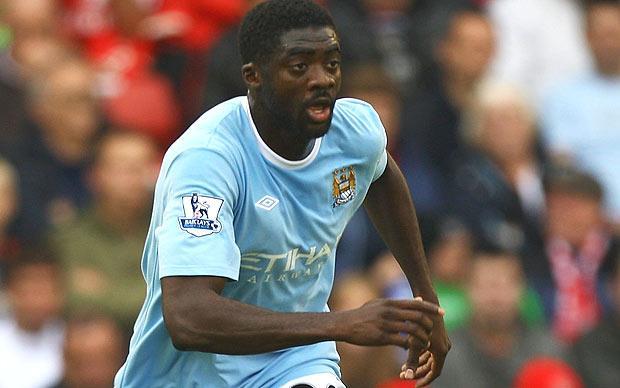 Liverpool sign Kolo Toure