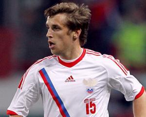 Дмитрий Комбаров сыграет с Северной Ирландией, Алексей Березуцкий и Зырянов под вопросом