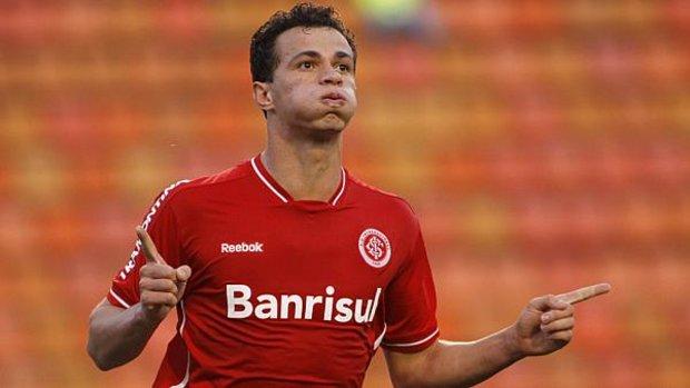 Latest transfer rumours: Leandro Damiao is on Napoli radar