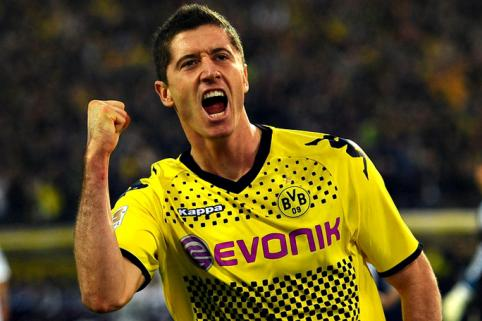 Borussia Lewandowski could still join Man Utd