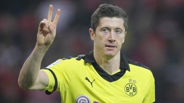 Bayern Munich chase Borussia Lewandowski