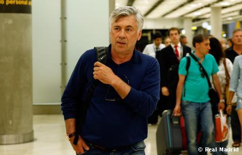 Карло Анчелотти прилетел в Мадрид (ФОТО)