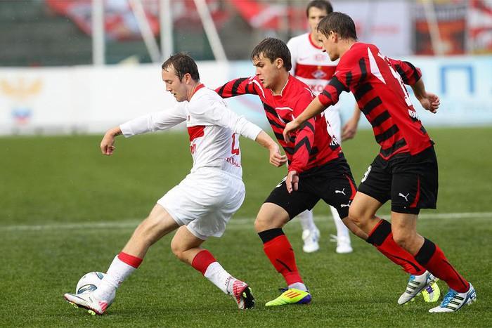 Матч десятого тура российской Премьер-лиги между «Амкаром» и «Спартаком» посетят около 15 тысяч болельщиков