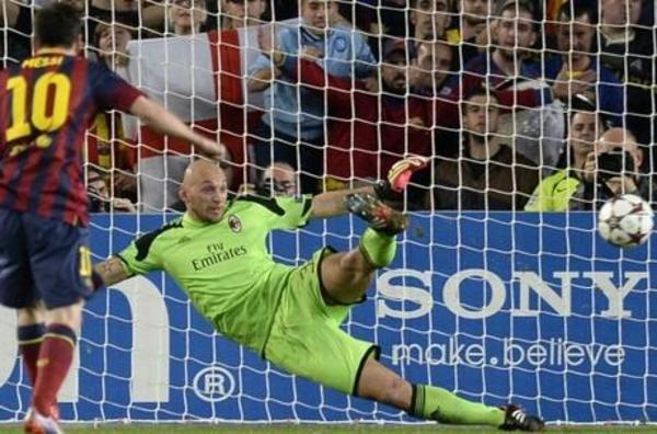Лига чемпионов-2013/14. «Милан» на выезде уступил «Барселоне»