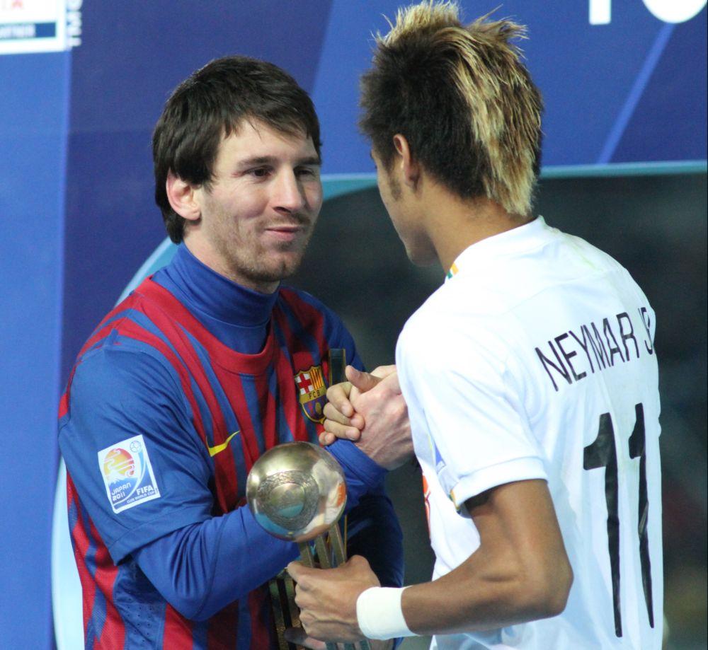 Неймар официально стал игроком «Барселоны»