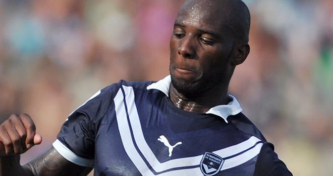 Защитник «Бордо» Мишель Сиани стал игроком «Лацио»