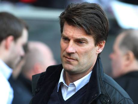 Swansea Laudrup set to add striker in summer