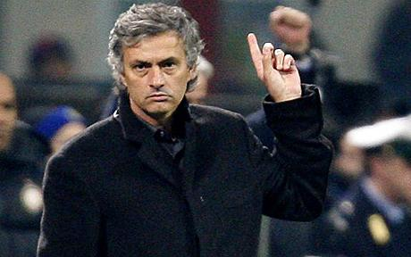 Mourinho hints at Premier League return