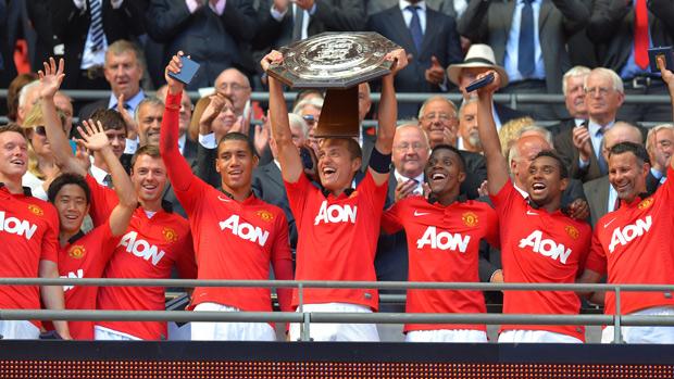 Manchester United win Community Shield