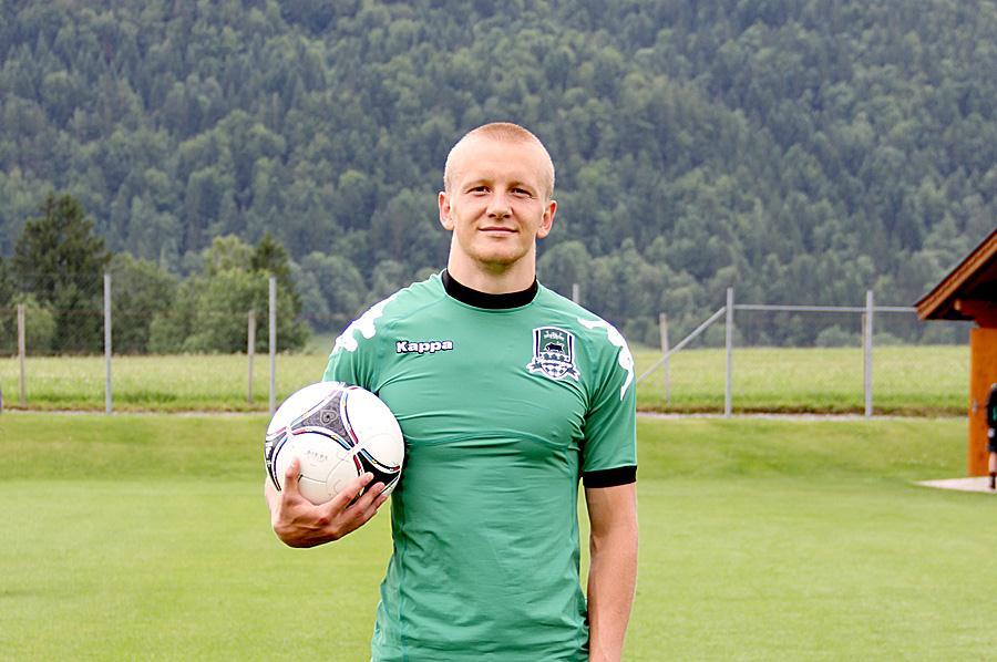 Игорь Смольников продолжит карьеру в «Зените»