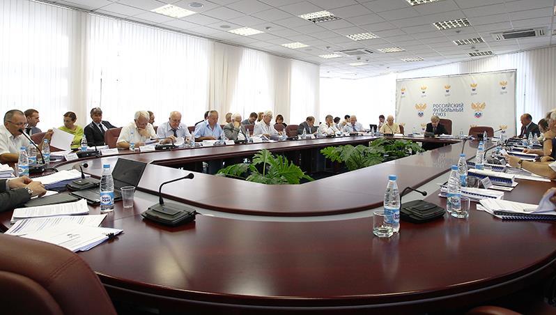 Долг РФС составляет 657 миллионов рублей