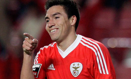 Manchester United target Gaitan set to stay put at Benfica