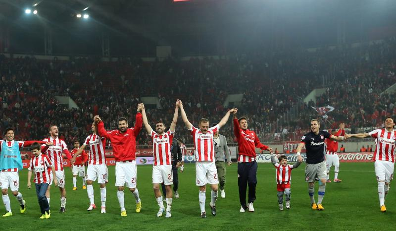 Olympiakos claims the 40th Greek title