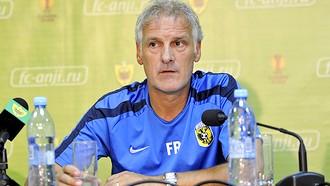 Тренер «Витесса»: «Анжи» свои моменты использовал, а мы — нет»