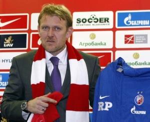 Роберт Просинечки покинул пост главного тренера «Црвены Звезды»