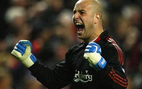 Reina stays at Liverpool
