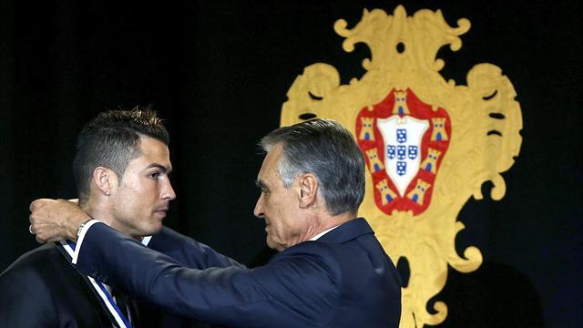 Криштиану Роналду награжден орденом за заслуги перед Португалией