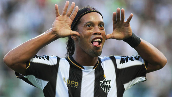 Proposed Ronaldinho's move to Besiktas ridiculed by player's agent