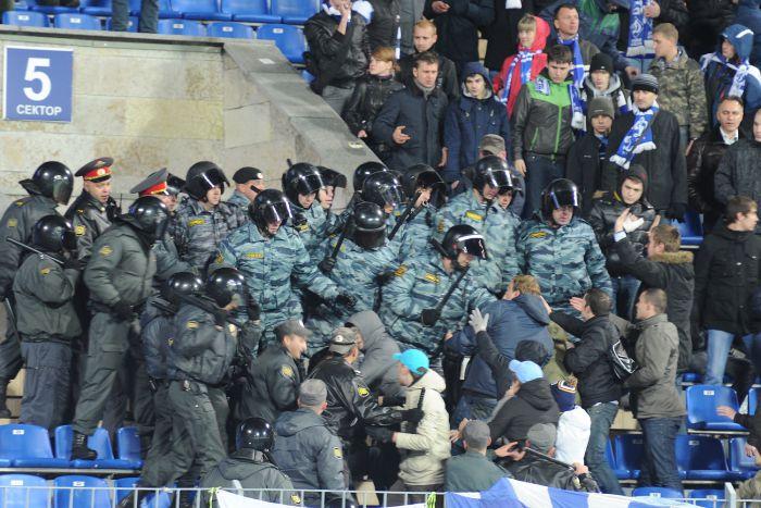 Российская полиция перестанет обеспечивать безопасность футбольных матчей