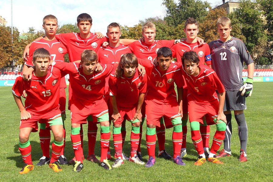 Юношеская сборная России легко разобралась с армянскими сверстниками
